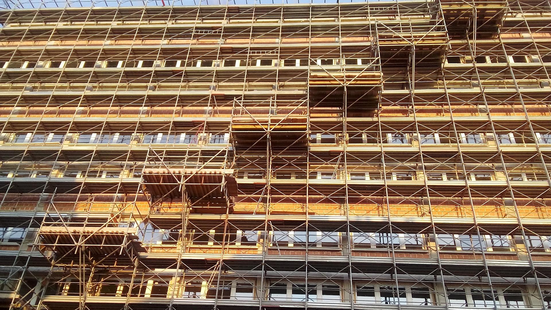 Für einen neuen Glanz - Fassadensanierung in Leipzig, Halle - Termin Bau Halle