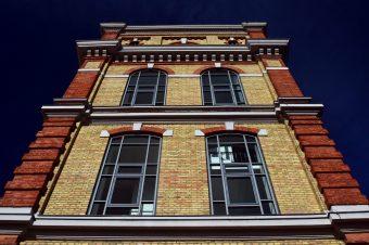 Fassadengestaltung mit Vormauerziegel – Fassadensanierung in Halle, Leipzig und Umgebung