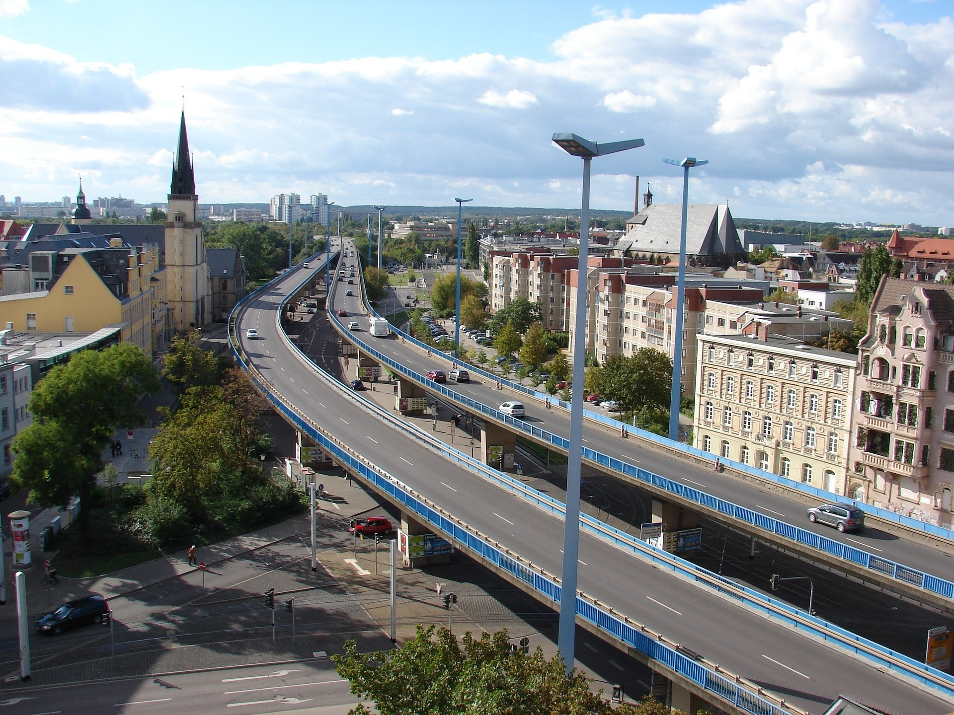 Altbausanierung Saalekreis - Nicht nur in Halle ist Termin Bau Ihr Partner am Bau
